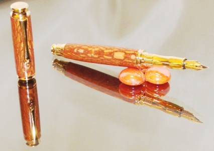 Handcrafted fountain pen